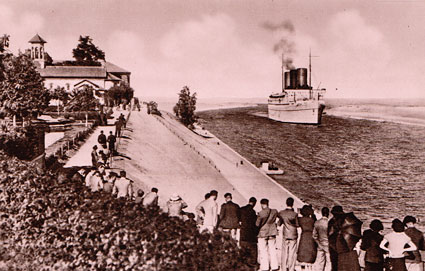 Suez Canal, Steamer Passing